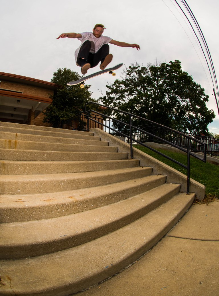 Nyle Lovett - Switch big heelflip - Indianapolis, Indiana. 2015.
